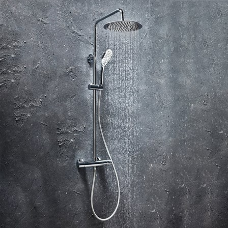 Curved Round Cool Touch Round Chrome Shower